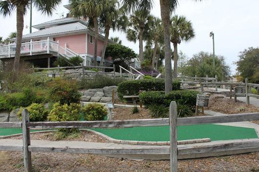 Island Falls Mini Golf