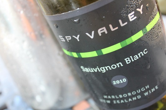 Spy Valley New Zealand Sauvignon Blanc Paired with Scallops with Grapefruit-Onion Salad